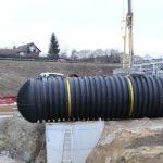 wasser-regenwassernutzung-regenwasssertank-xxl-einbau-baugrube-800x600px