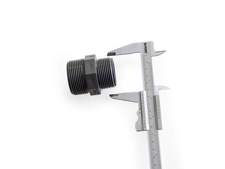 Fitting Kunststoff mit Schieblehre